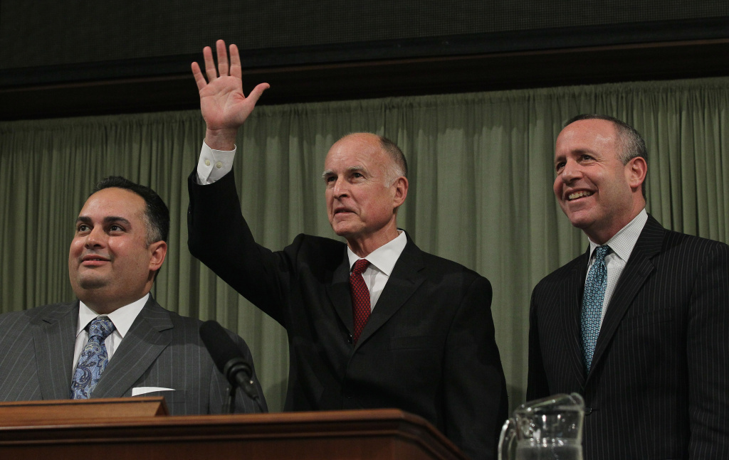 Assembly Speaker John Perez (left) and Senate President Pro Tem Darrell Steinberg (right) now have the power to override vetoes Governor Jerry Brown.
