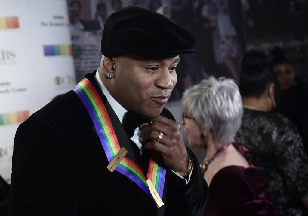 LL Cool J arrives for the 40th Annual Kennedy Center Honors in Washington, DC on December 3, 2017.