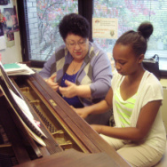Student Lauren and teacher Delilah at Harlem School for the Arts