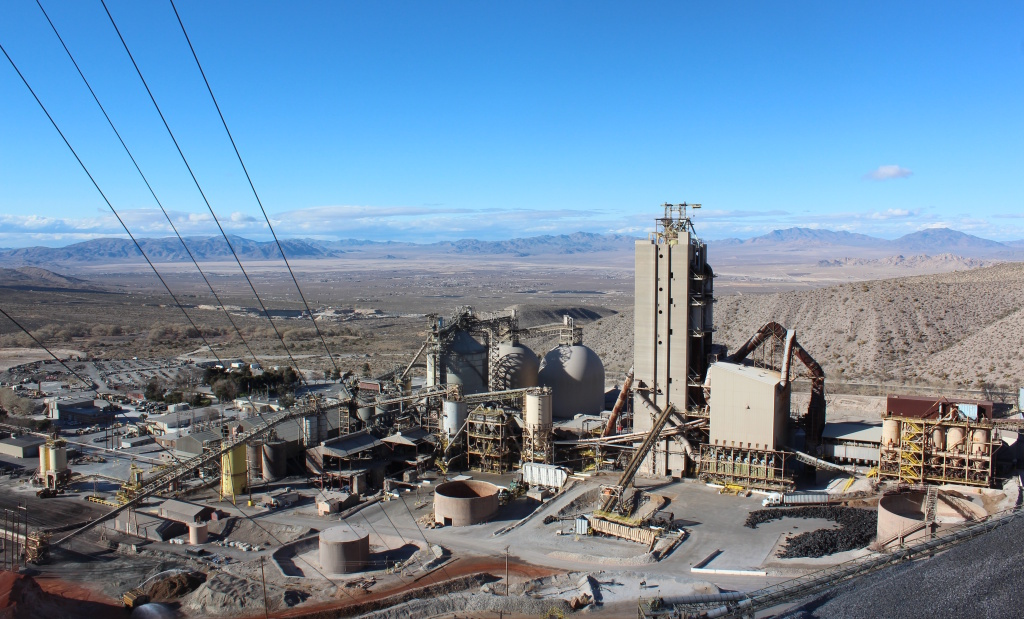 The Mitsubishi Cement Corporation mines limestone to make cement in the foothills of the San Bernardino Mountains. The mine employs 150 people, a quarter of which live in the town of Lucerne Valley.