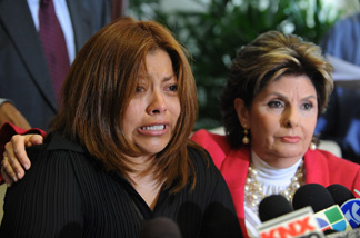 Nicky Diaz Santillan (L), who claims to have been the nanny and housekeeper of Republican nominee for Californnia Governor Meg Whitman, speaks at a press conference with her attorney Gloria Allred in Los Angeles on September 29, 2010.