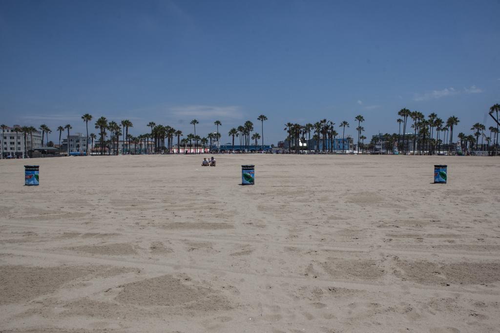 File: Venice Beach.