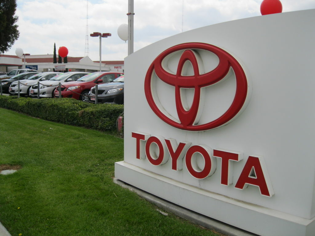 shaw kst banlg car dealership dealer best on toronto parts new readerschoice ken toyota used