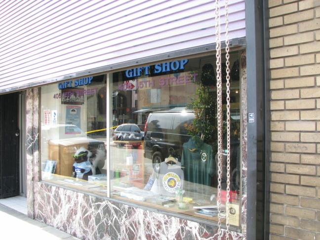 Oaksterdam Gift Shop