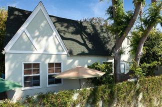 The Lebowski bungalow at 606-608 Venezia Ave. in Venice.
