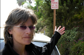 Beach watchdog Jenny Price deplores this bogus No Parking Sign on PCH near a beach accessway. The city erected it, illegally, at some homeowners' request.
