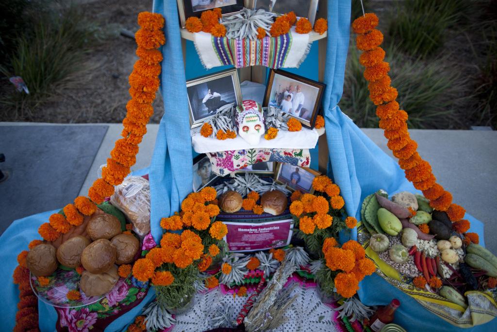 This Día de los Muertos altar in Grand Park, titled