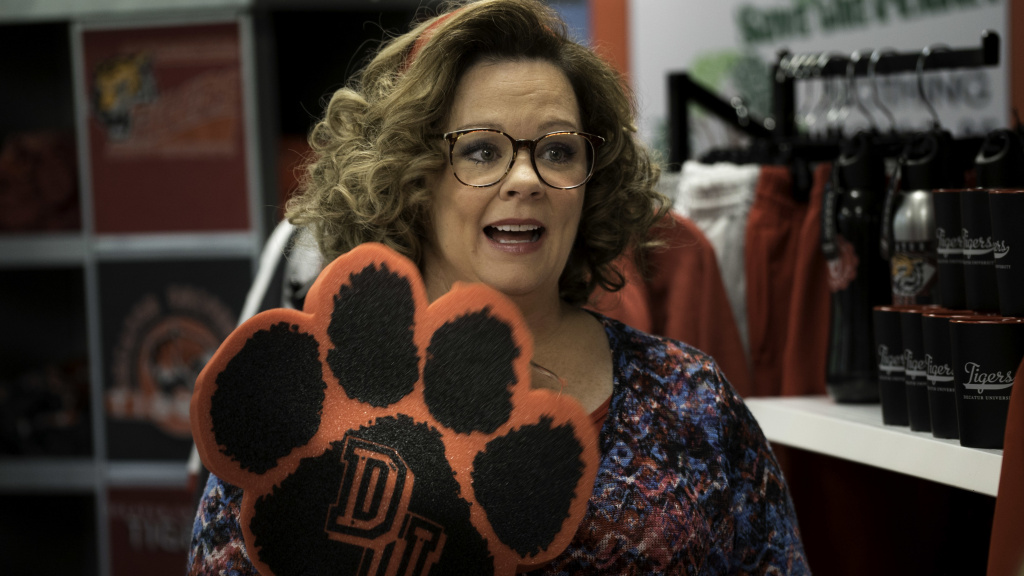A midlife crisis spurs Deanna (Melissa McCarthy) to enroll in college, much to the chagrin of her daughter who goes to the same university.