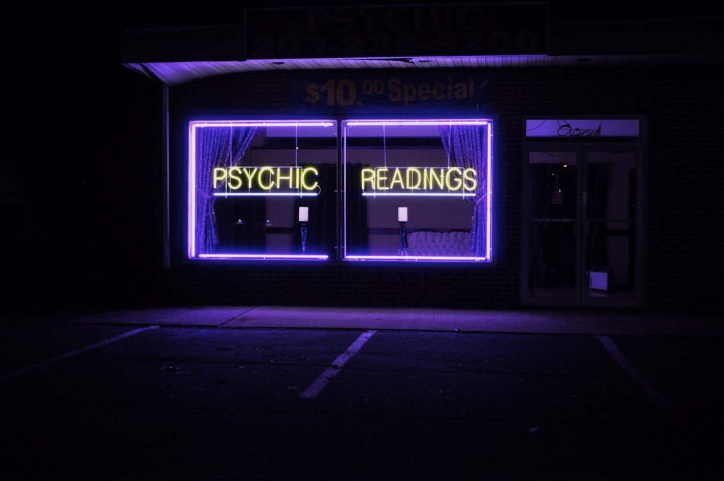 File: Psychic Readings.