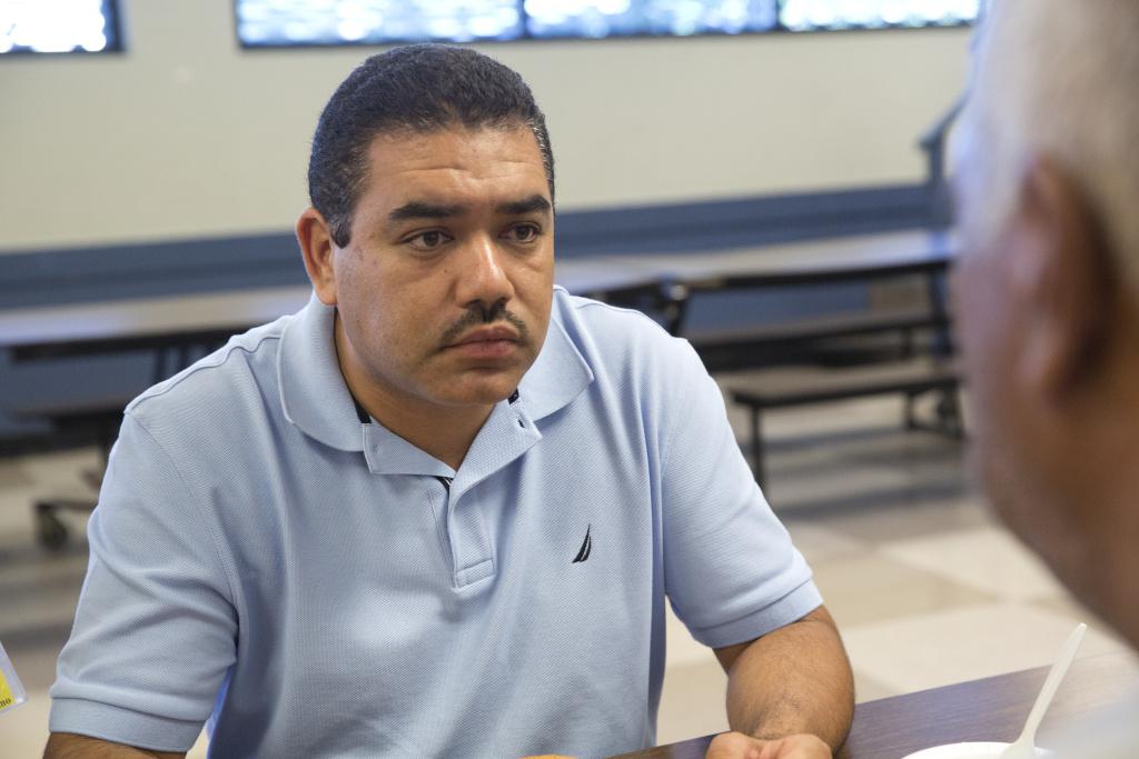 Intake coordinator and social worker Salvador Mendoza at Proyecto Pastoral.