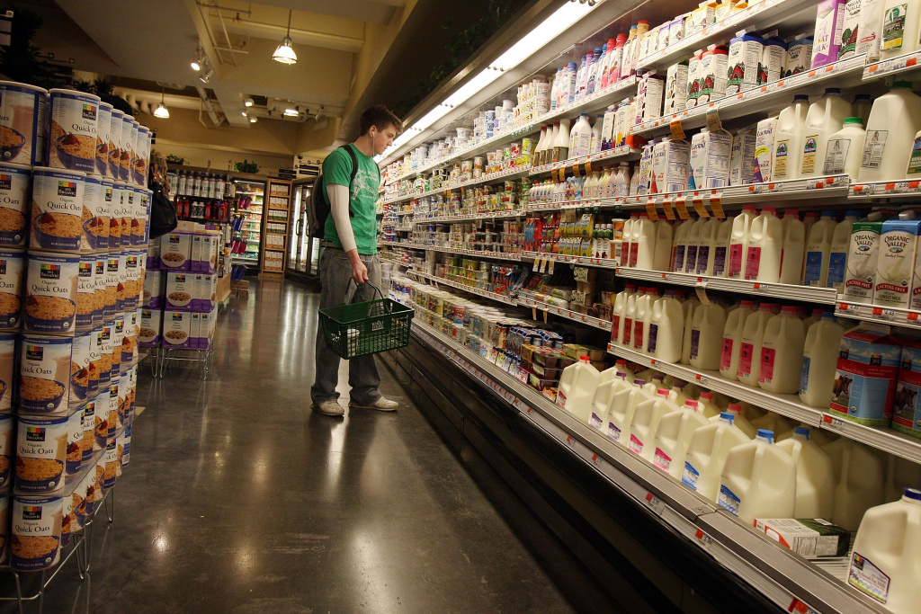 A man shops at a Manhattan grocery store March 17, 2009 in New York City.