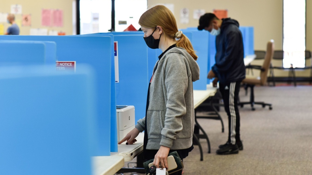 Georgia voters cast their ballots in Chanblee for runoff elections in early January. Georgia's Republican lawmakers have proposed a number of changes to cut down on voting options.