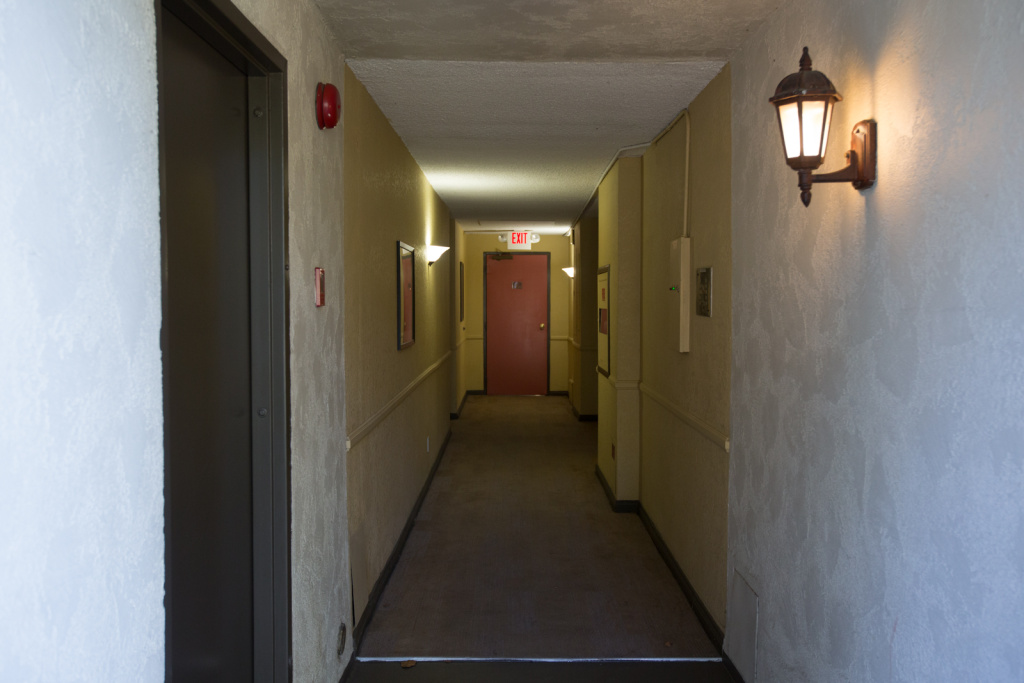 Image gallery old apartment hallway for Hallways images