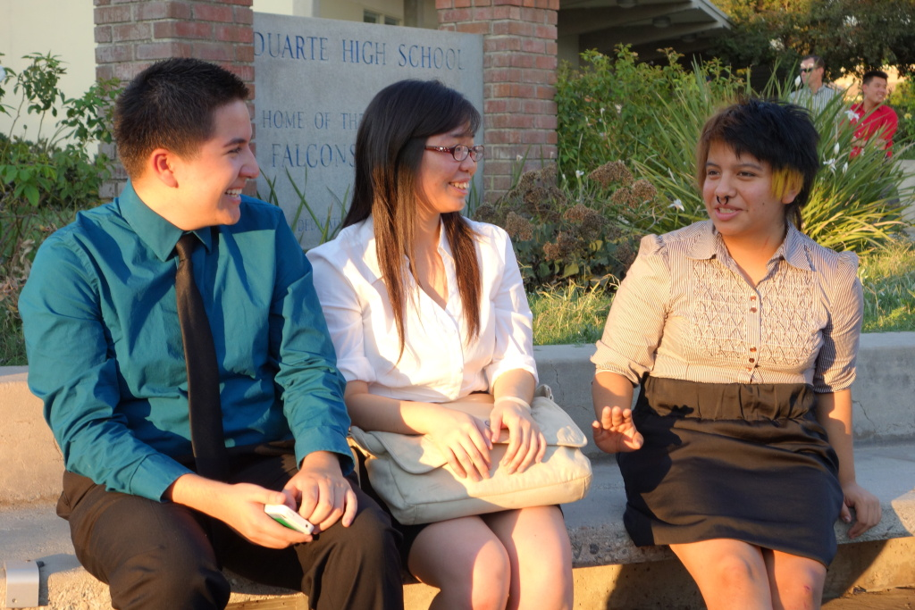 Arroyo High School students Raul Del Cid, 17, Vennis Hong, 16 and Rocio Payan, 17, chat at Duarte High School, site of a forum on negative political advertising.
