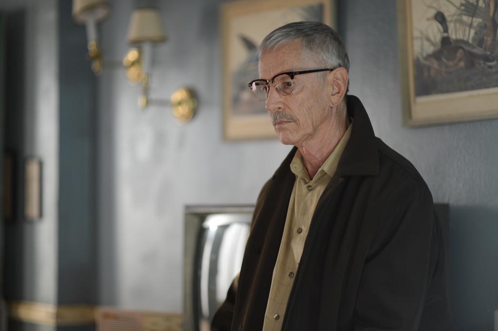Scott Glenn stars as a serial killer in