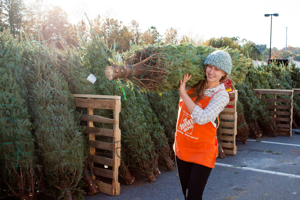 Uber partnered with The Home Depot in ten U.S. cities to bring Christmas trees to customers on-demand.