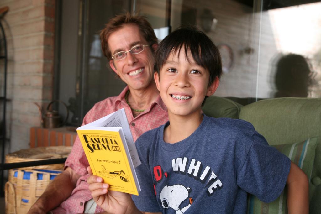 Greg Kay decided to raise his son Linken, 10, to speak Esperanto as his native tongue. When Greg was younger, he traveled around South Korea, biking between Esperanto-speaking homes.