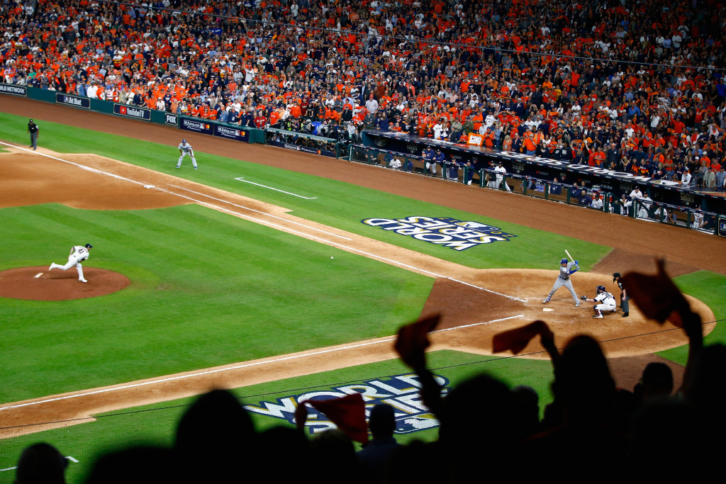 HOUSTON, TX - OCTOBER 27:  Brad Peacock #41 of the Houston Astros throws a pitch during the eighth inning against the Los Angeles Dodgers in game three of the 2017 World Series at Minute Maid Park on October 27, 2017 in Houston, Texas.  (Photo by Jamie Squire/Getty Images)