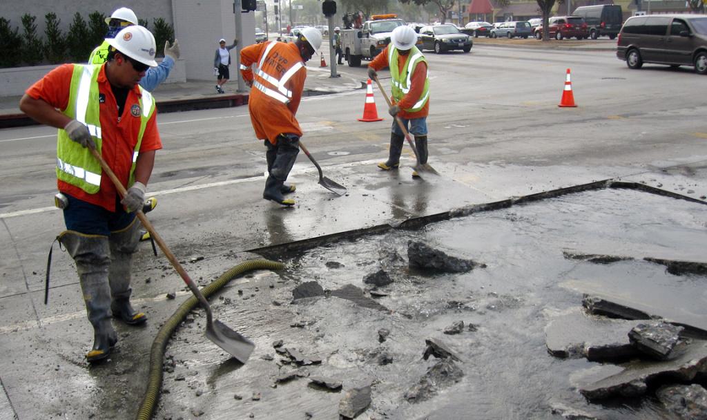 File: Crews work to fix water breaks.