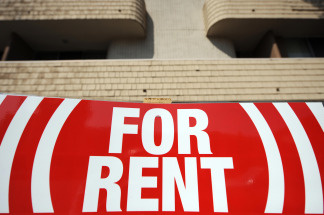 Landlords who collect rent online would be required to accept off-line payments under a motion approved today by the Los Angeles City Council.