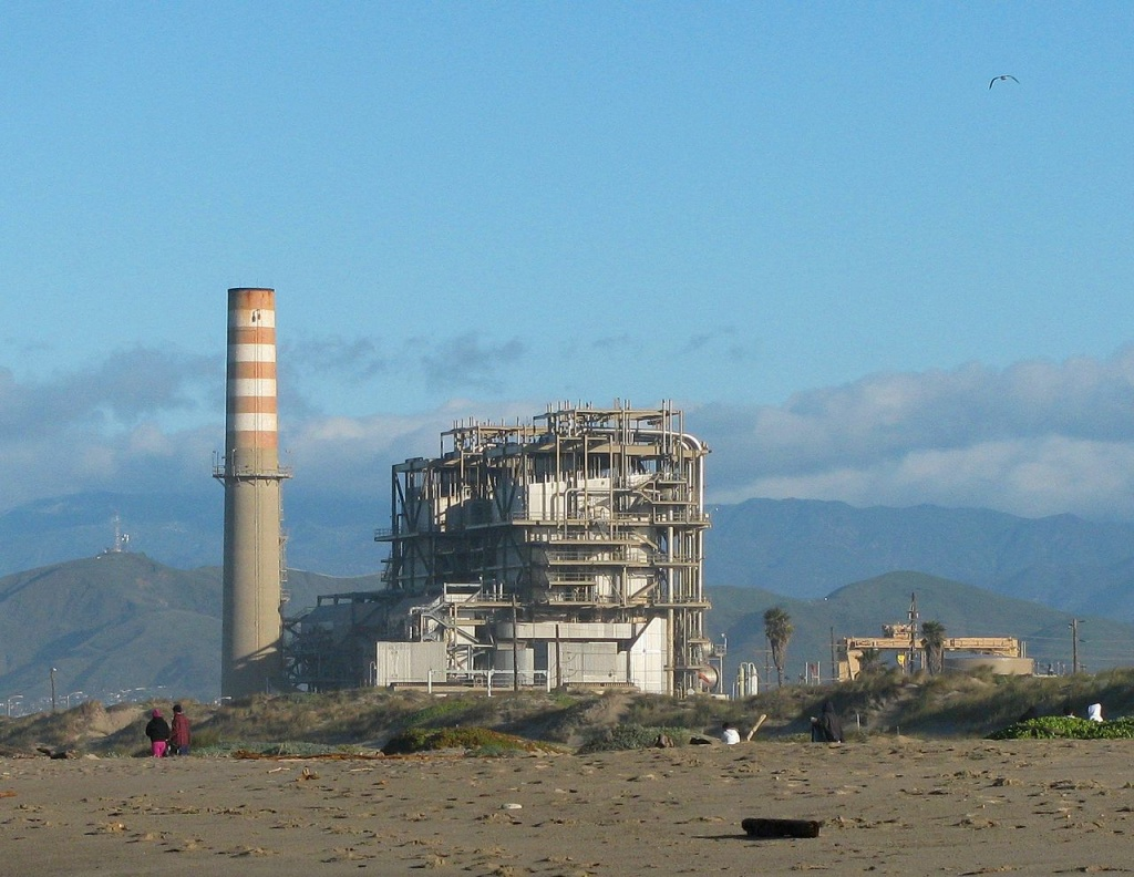 The Mandalay Generation Station in Oxnard is likely to be retired. At issue among policymakers in Ventura County is whether a new power plant in the same location can replace it. Critics of the plan to put in a newer smaller plant say risks from climate change make a new plant a bad idea.