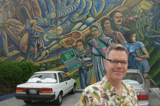 Charles Phoenix with the mural at Ruben Martinez Park, at the start of our tour.
