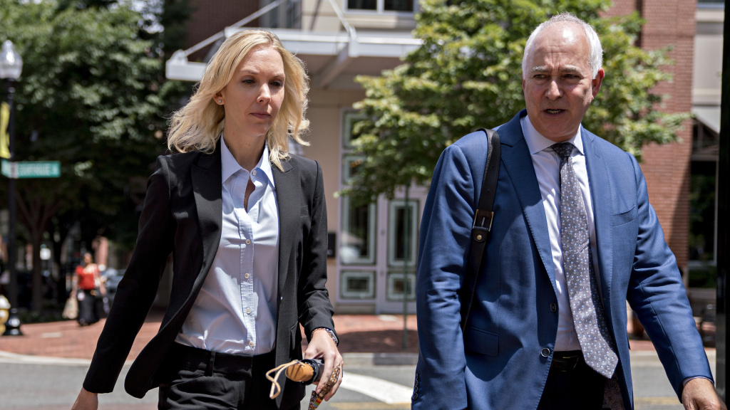 Heather Washkuhn, a bookkeeper for Paul Manafort, told the jury that she had no knowledge of the offshore companies and bank accounts that prosecutors say Manafort used to spend millions of dollars without being taxed over the last decade.
