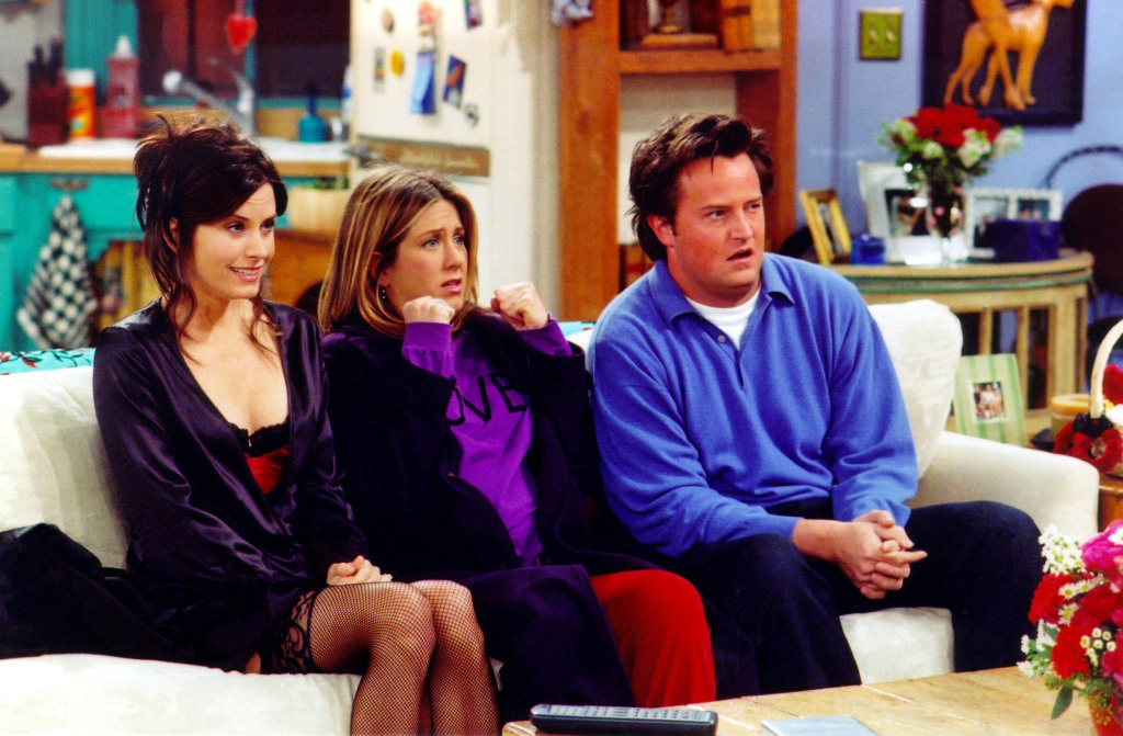 Actors Courteney Cox Arquette (L), Jennifer Aniston (C) and Matthew Perry are shown in a scene from the NBC series 'Friends'. The series received 11 Emmy nominations, including outstanding comedy series, by the Academy of Television Arts and Sciences July 18, 2002 in Los Angeles, California.