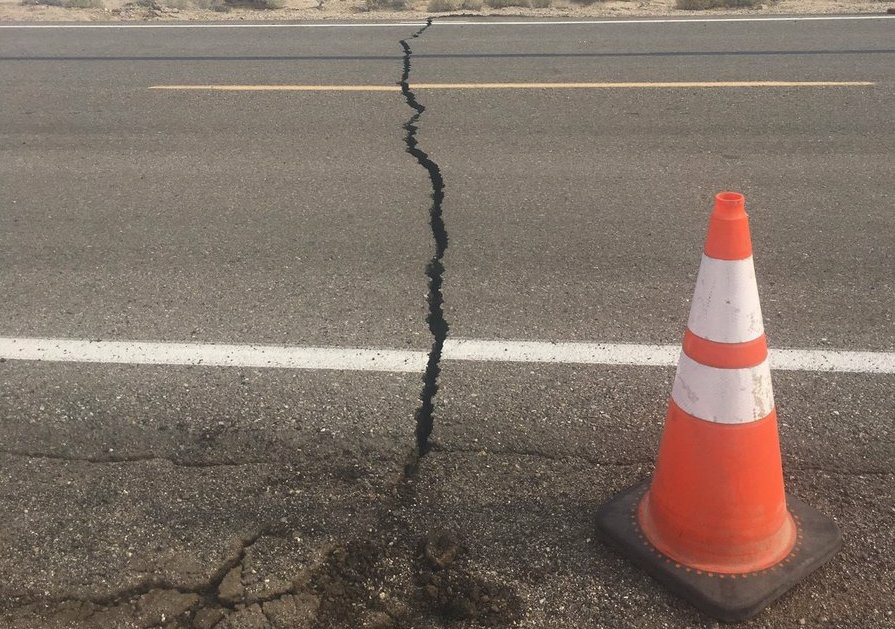 A 6.4 magnitude quake near Ridgecrest Thursday, July 4 caused a crack to open up in the desert, crossing Highway 178 near Trona Road.