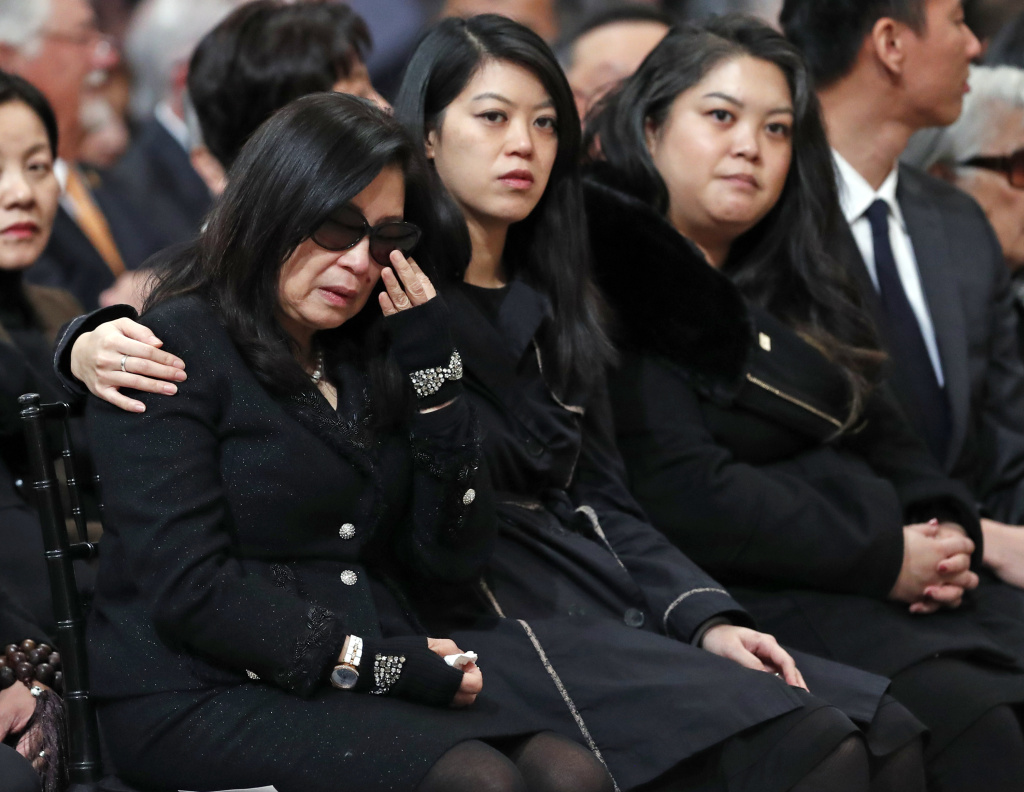 Anita Lee and her daughters, Brianna and Tania, during a service celebrating the life of San Francisco Mayor Edwin M. Lee on Sunday, December 17, 2017.