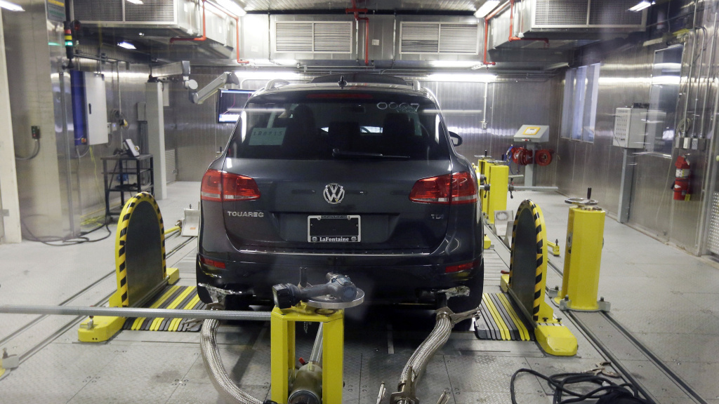 A Volkswagen Touareg diesel is tested in the Environmental Protection Agency's cold temperature test facility on Oct. 13. The Touareg is one of several larger models the EPA now says Volkswagen equipped to cheat on emissions tests.