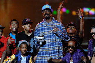 Rapper Snoop Dogg performs onstage during Spike TV's 7th Annual Video Game Awards at the Nokia Event Deck at LA Live on December 12, 2009 in Los Angeles, California.