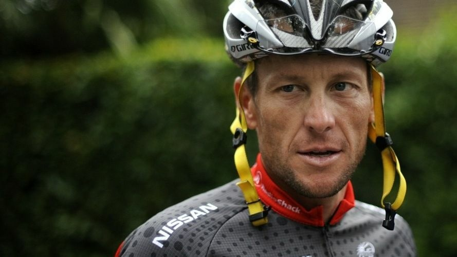 Lance Armstrong arrives at a training session during a rest day of the 2010 Tour de France.