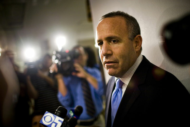 File photo: California State Senate President Pro Tem Sen. Darrell Steinberg (D-Sacramento) wants to expand mental care in prisons. An estimated 20 percent of active parolees — roughly 10,000 people — were diagnosed with mental illness while in prison.