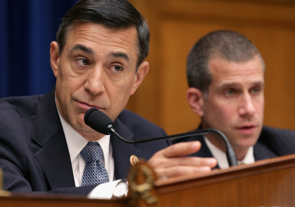 Republican Congressman Darrell Issa's proposal to restore a cost of living cut for military veterans would be financed by reducing postal delivery to five days.