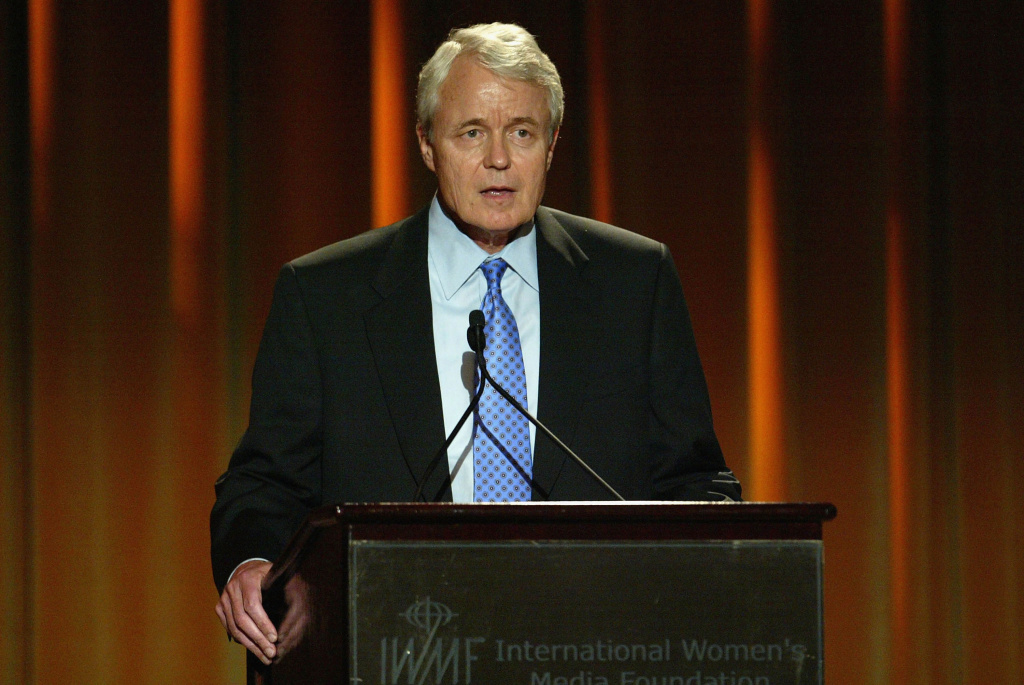 Former Los Angeles Times editor John Carroll speaks at the International Women's Media Foundation's 15th Annual Courage in Journalism Awards on October 14, 2004 in Beverly Hills, California.