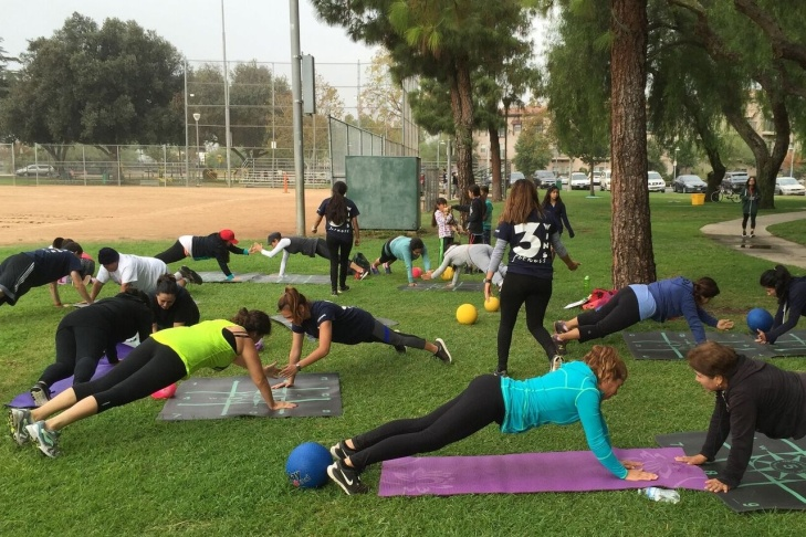 Cal State Northridge students lead exercises as part of the 3WINS Fitness program.