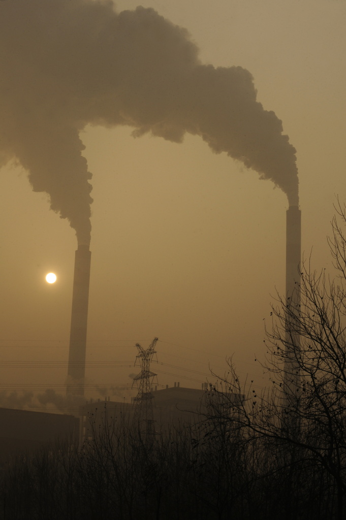 Smoke belches from a coal powered power plant on the outskirts of Linfen, in China's Shanxi province, regarded as one of the cities with the worst air pollution in the world.