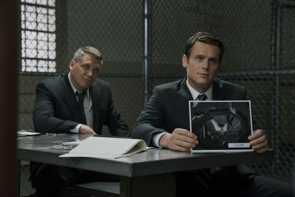Holt McCallany, left, and Jonathan Groff in