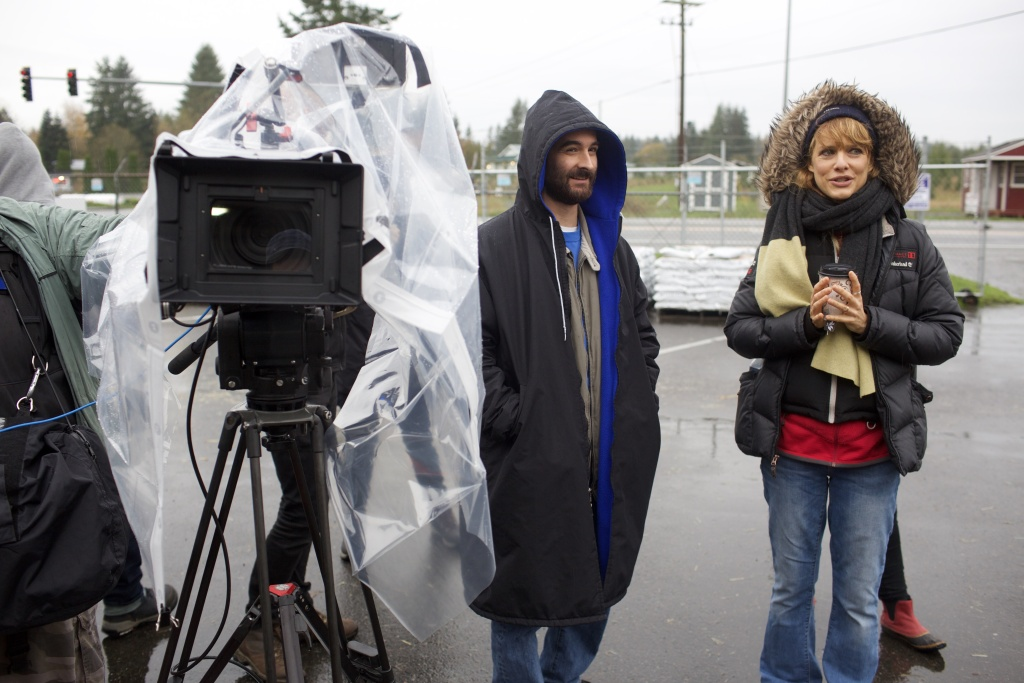 Director Lynn Shelton and actor Jay Duplass on the set of