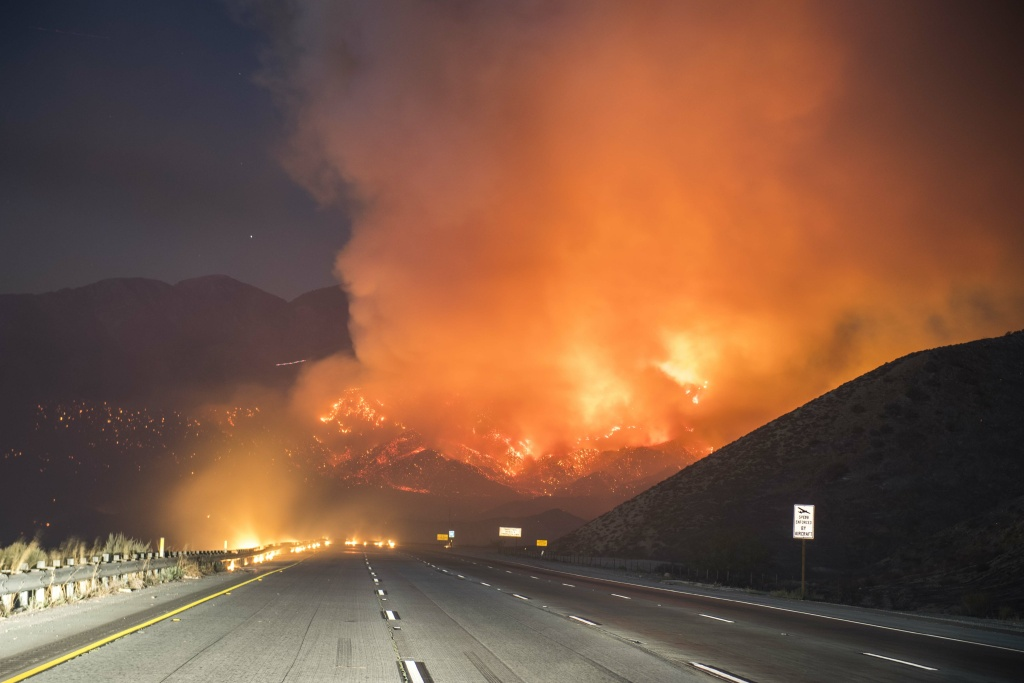 The Blue Cut Fire off Interstate 15 in the Cajon Pass Tuesday evening.