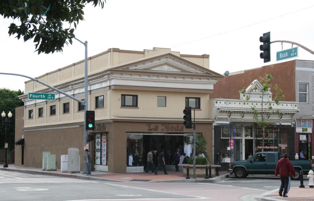 Santa Ana's Downtown Historic District