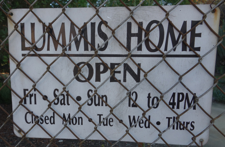 Lummis Home - hours