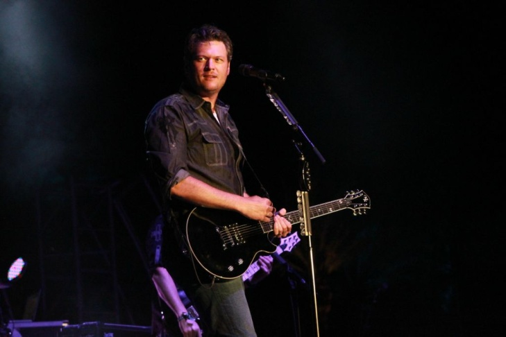 Country star Blake Shelton co-headlined Saturday's Stagecoach festival with his wife Miranda Lambert.