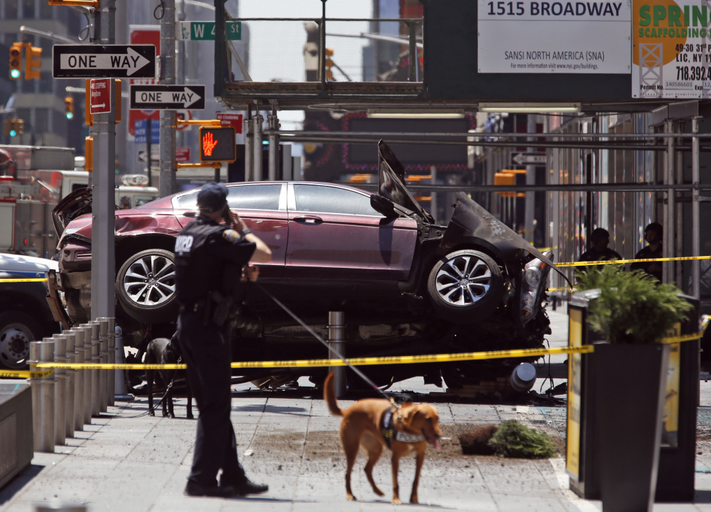 Times Square Crash: Richard Rojas, 26, Identified As Driver In Fatal Crash