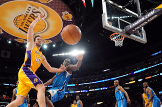 Pau Gasol #16 of the Los Angeles Lakers goes for a loose ball against Emeka Okafor #50 of the New Orleans Hornets in Game Two of the Western Conference Quarterfinals in the 2011 NBA Playoffs. Unlike then, Korean-speaking Lakers fans will be able to hear Korean-language play-by-play and commentary for televised games from now on.