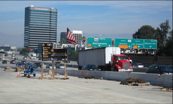 Jamzilla: The northbound 405 freeway will be closed between Getty Center Drive and Ventura Boulevard on Presidents' Day weekend, Feb. 14 to 18.