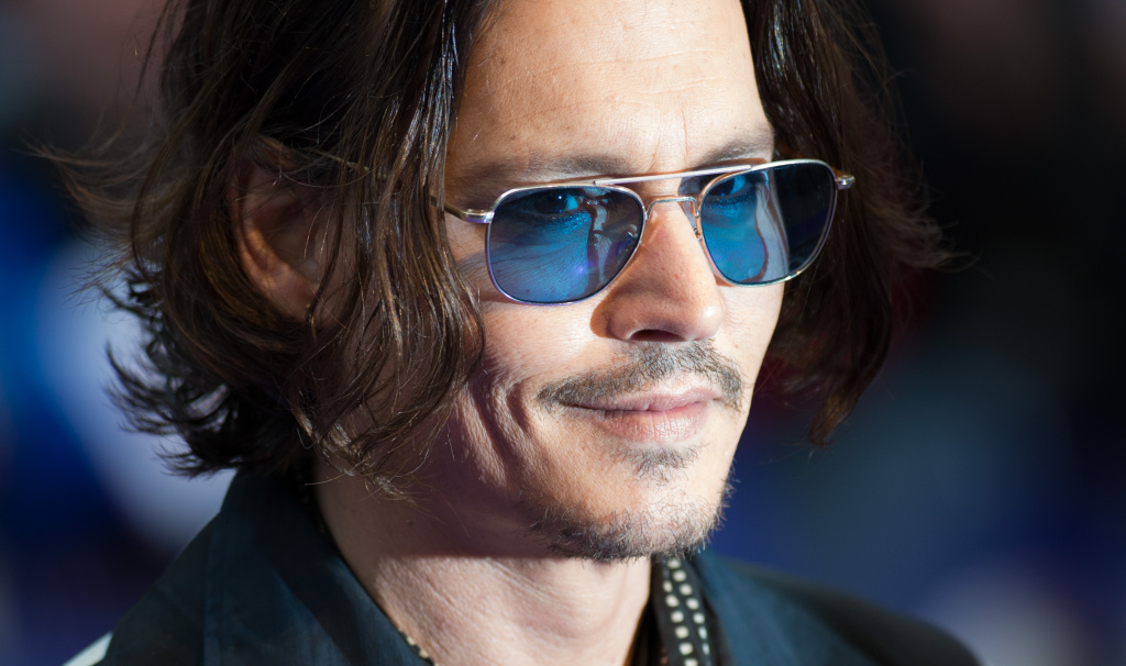 Actor Johnny Depp attends the European premiere of 'Dark Shadows' at Empire Leicester Square on May 9, 2012 in London, England.