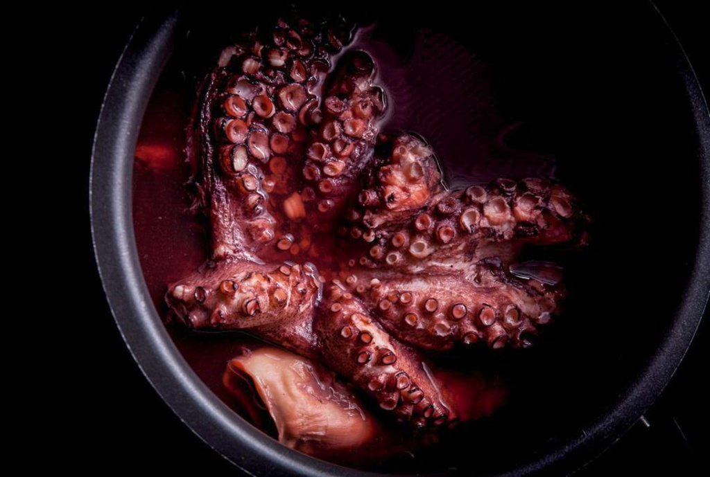 Boiled octopus, a recipe for