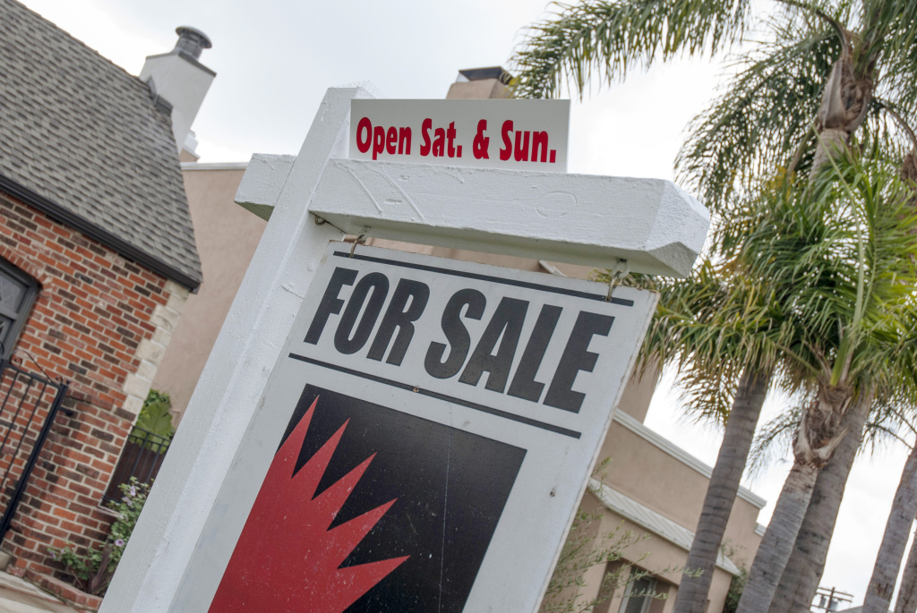 The Commerce Department said Wednesday that new home sales in June rose at the fastest pace in five years, a sign the housing recovery is strengthening. Sales rose 8.3 percent last month to a seasonally adjusted annual pace of 497,000. (Photo: A home for sale in Central Los Angeles).